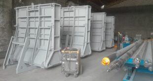 Precast Concrete Retaining Wall Steel Molds، قالب فلزی دیوار بتنی خود ایستا، قوالب ألواح الجدران الخرسانية مسبقة الصنع